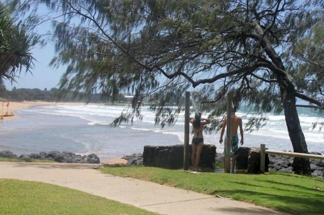 airlie-surfer-paradise-9